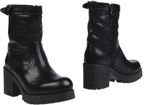 Nannini Ankle boots