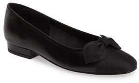 VANELi Women's Favor Bow Flat