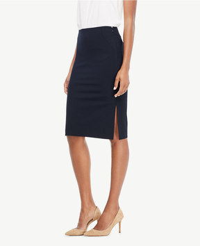 Ann Taylor Curvy Seasonless Stretch Pencil Skirt