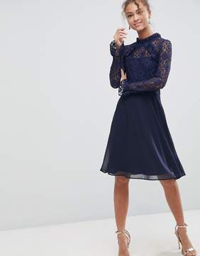 Elise Ryan High Neck Dress With Lace Sleeves