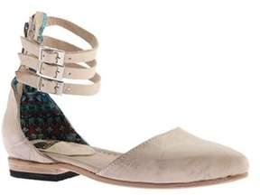 Freebird By Steven Women's Eden Closed Toe Ankle Strap Sandal.