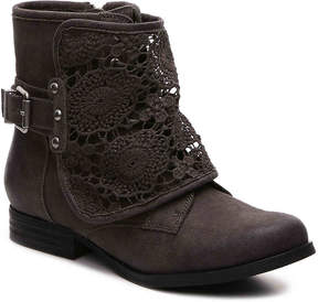 Not Rated Women's Crafty Combat Boot