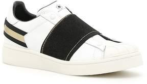 Moa Breaker Sneakers