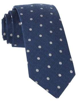 The Tie Bar Dotted Hitch Tie