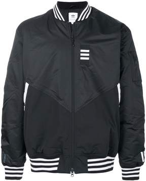 adidas zipped windbreaker