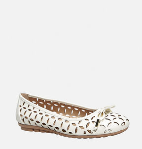 Avenue Gina Perforated Ballet Flat