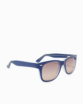 Charming charlie Classic Traveler Sunglasses