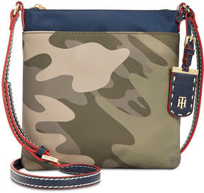 Tommy Hilfiger Tommy Hilfger Julia North South Colorblock Camo Crossbody