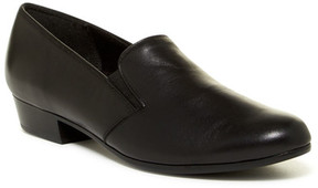 Munro American Hailey Slip-On Loafer - Multiple Widths Available