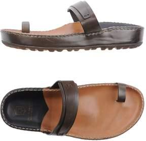Silvano Sassetti Toe strap sandals
