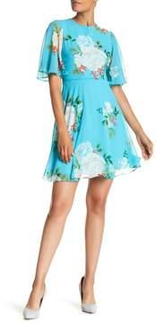 Donna Morgan Flutter Sleeve Printed Chiffon Dress