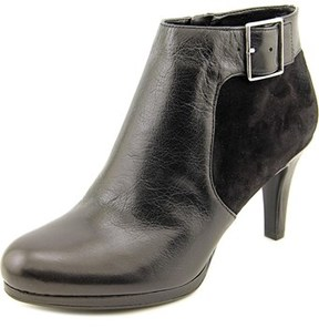 Naturalizer Maureen Women Round Toe Leather Ankle Boot.