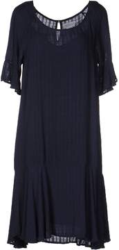Velvet by Graham & Spencer Knee-length dresses