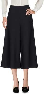 Mantu 3/4-length shorts