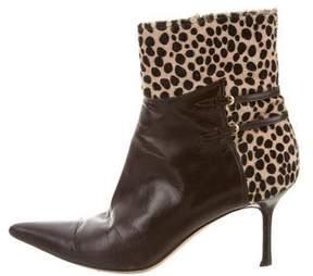 Oscar de la Renta Leather Pointed-Toe Booties