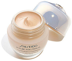 Shiseido Future Solution LX Total Radiance Foundation Broad Spectrum SPF 20 Sunscreen
