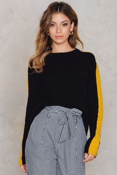 NA-KD Contrast Sleeve Knitted Sweater