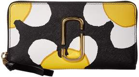 Marc Jacobs Snapshot Daisy Standard Continental Wallet