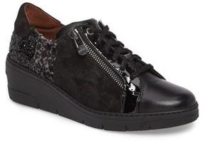 Hispanitas Women's Sammi Sneaker