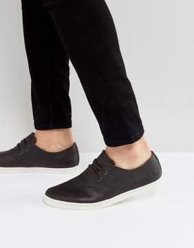 Fred Perry Byron Low Tumbled Leather Sneakers in Brown