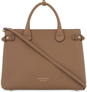 Burberry Banner medium leather tote - DARK SAND - STYLE