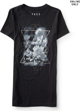 Aeropostale Free State Floral Star Graphic T***
