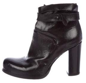Officine Creative Leather Square-Toe Booties