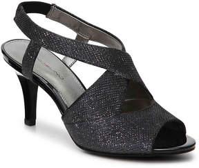 Bandolino Women's Malorie Wishbone Glitter Sandal