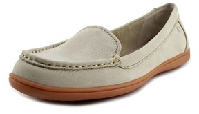 Hush Puppies Ryann Claudine Women W Moc Toe Leather Loafer.