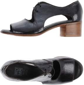 Moma Sandals