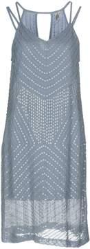 Blank Knee-length dresses