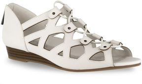 Easy Street Shoes Savvy Women's Sandals