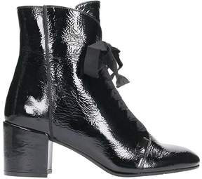 Julie Dee Black Patent Leather Ankle Boots
