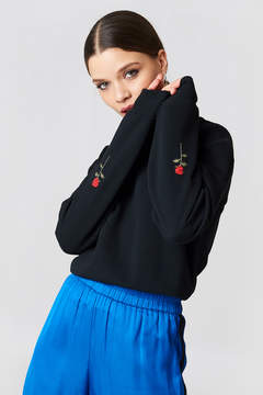 NA-KD Na Kd Rose Elbow Embroidery Sweater