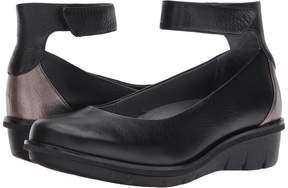 Dansko Jenna Women's Shoes