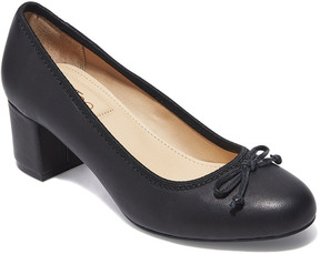 Me Too Lily Leather Pump
