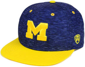 Top of the World Michigan Wolverines Energy 2-Tone Snapback Cap