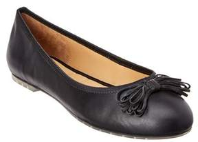 Me Too Cassi Leather Flat.