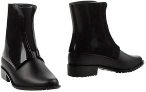 Melissa Ankle boots