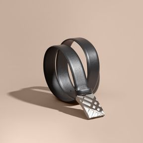 Burberry Check-embossed Buckle London Leather Belt