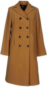 Brebis Noir Coats