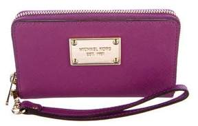 Michael Kors Leather Zip Wallet - PURPLE - STYLE