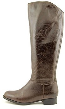 Me Too Womens Astor Leather Closed Toe Knee High Fashion Boots Fashion Boots.