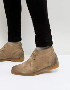 Base London Perry Suede Desert Boots in Stone