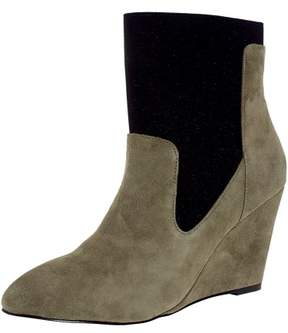 Charles David Charles By David Women's Erie Suede Stone Grey / Black Ankle-High Boot - 6M