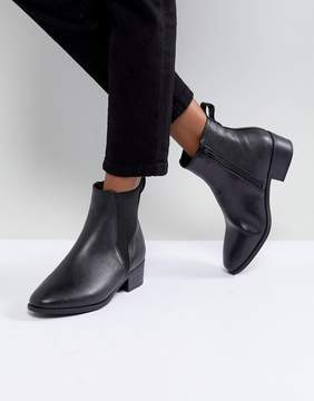 Head Over Heels Peaky Black Chelsea Boots