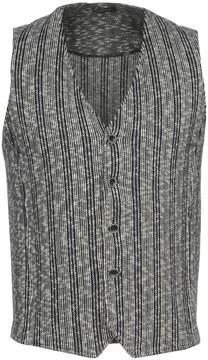 Bellwood Vests