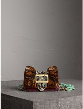 Burberry The Ruffle Buckle Bag in Snakeskin and Calfskin - REDWOOD - STYLE
