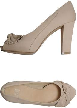 Bagatt Pumps with open toe