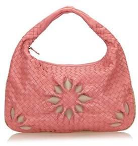 Bottega Veneta Pre-owned: Leather Flower Intrecciato Handbag.
